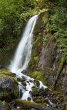 山瀑布 库存图片