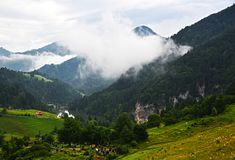山珍珠,湖` Zaovine `, mt 塔拉 库存图片