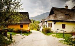 山的传统村庄。斯洛伐克 库存图片