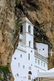山的修道院 库存照片