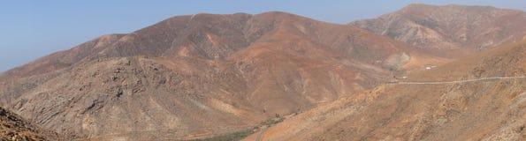 山的全景 库存照片