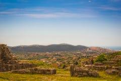 山的古老堡垒 免版税库存照片