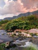 山的岩石河 免版税图库摄影