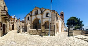 山的希腊村庄 库存图片