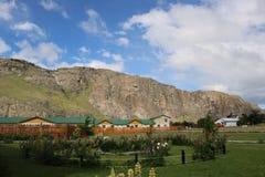 山的旅馆 免版税库存图片