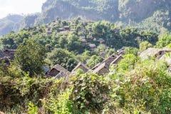 山的村庄 免版税图库摄影