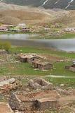 山的村庄 图库摄影