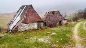 山的波斯尼亚的村庄 库存照片