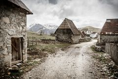 山的波斯尼亚的村庄 免版税图库摄影