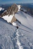 山的登山人 免版税库存图片