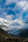山的看法在Aoraki Mt厨师国家公园的 免版税图库摄影