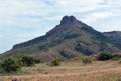 山的看法从谷的 免版税库存照片