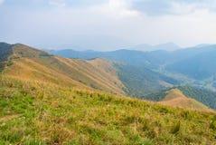 从山的顶端风景 免版税库存图片