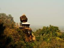 山的Phutok,泰国木亭子 免版税库存图片