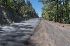 山精神视图的足迹往西部的 库存照片