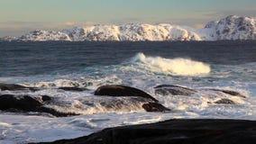 山背景的风雨如磐的海  股票录像