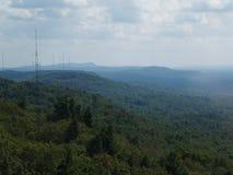 山脉和谷鸟瞰图  图库摄影