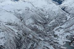 山脉在冬天 免版税图库摄影