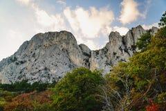 山脉的惊人的看法 库存照片