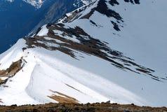 山脉的遥远的看法 免版税库存照片