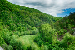 山脉的风景看法 库存照片