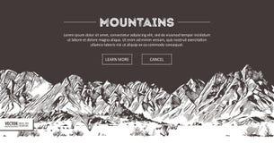 山脉 自然剪影 尖刻的山风景剪影手图画,在板刻蚀刻样式,极端的 库存照片