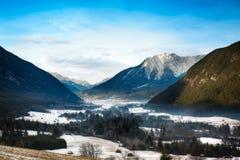 山谷在提洛尔,阿尔卑斯,奥地利 库存图片