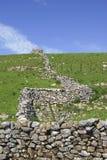 山谷石块墙约克夏 库存照片