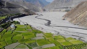 山谷鸟瞰图在喜马拉雅山 股票视频