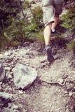 山赛跑者的脚 免版税图库摄影