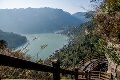 山走廊的夷陵长江三峡Dengying峡谷 库存图片