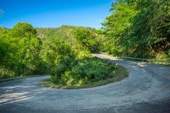 山路的曲线 图库摄影