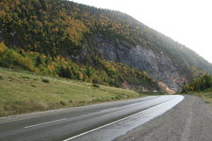 山路绕 免版税库存图片