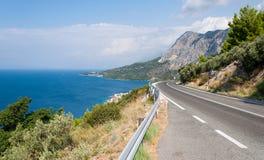 山路,亚得里亚海的海岸线 免版税库存照片