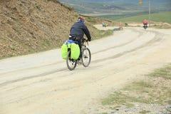 登山车乘坐西藏,瓷-储蓄图象 图库摄影