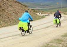 登山车乘坐西藏,瓷-储蓄图象 库存图片