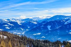 山雪冬天 滑雪胜地布雷萨诺内im Thalef 免版税图库摄影