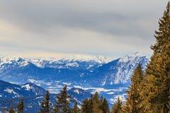 山雪冬天 滑雪胜地Hopfgarten,蒂罗尔,澳大利亚 免版税库存图片