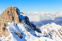 山雪冬天 Meribel滑雪胜地 图库摄影