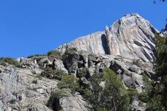 山风景优胜美地国家公园 免版税库存照片