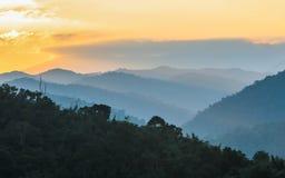 山风景和日出 库存照片