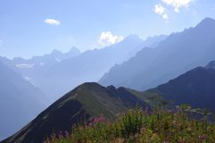 山风景在一夏天好日子 库存照片