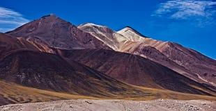 山风景在智利/阿塔卡马高原 免版税库存照片