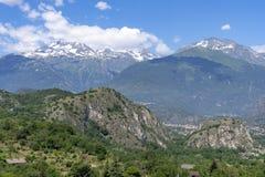 山风景在苏沙谷,山麓 库存图片