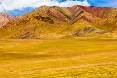 山风景在青海高原,中国的 免版税库存图片