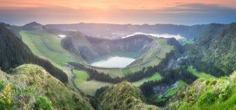 山风景Ponta Delgada海岛,亚速尔群岛 免版税图库摄影