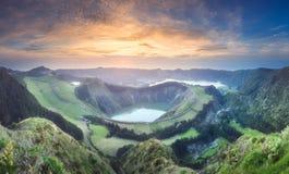 山风景Ponta Delgada海岛,亚速尔群岛 免版税库存图片