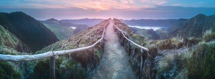 山风景Ponta Delgada海岛,亚速尔群岛 免版税库存照片