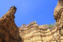 山,峭壁,奇怪的形状形成了天生是美丽的 免版税库存图片