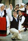 黑山,新海尔采格- 28/05/2016 :克罗地亚民间传说小组Rakalj的舞蹈 库存图片
